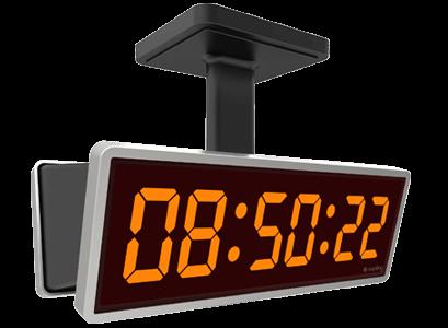 Round and square analog clocks